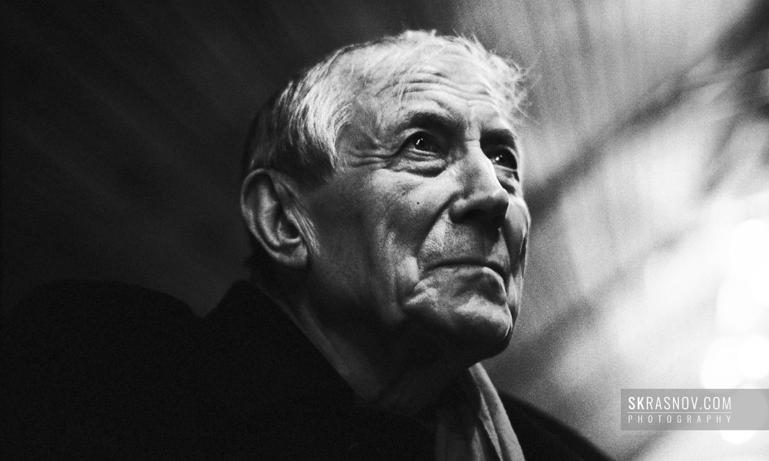 Yevgeny Yevtushenko. Poet of the Khrushchev thaw. Евгений Евтушенко, поэт © Sasha Krasnov - Portrait Photographer