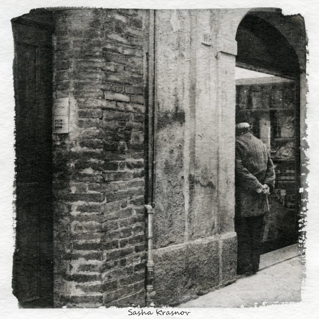 The Wall and the Man, Siena. Street photography print on Hahnemuhle watercolor paper, Fomaspeed liquid emulsion © Sasha Krasnov
