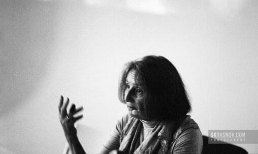 Lyalya Kuznetsova, photographer. Ляля Кузнецова, фотограф © Sasha Krasnov - Portrait Photographer