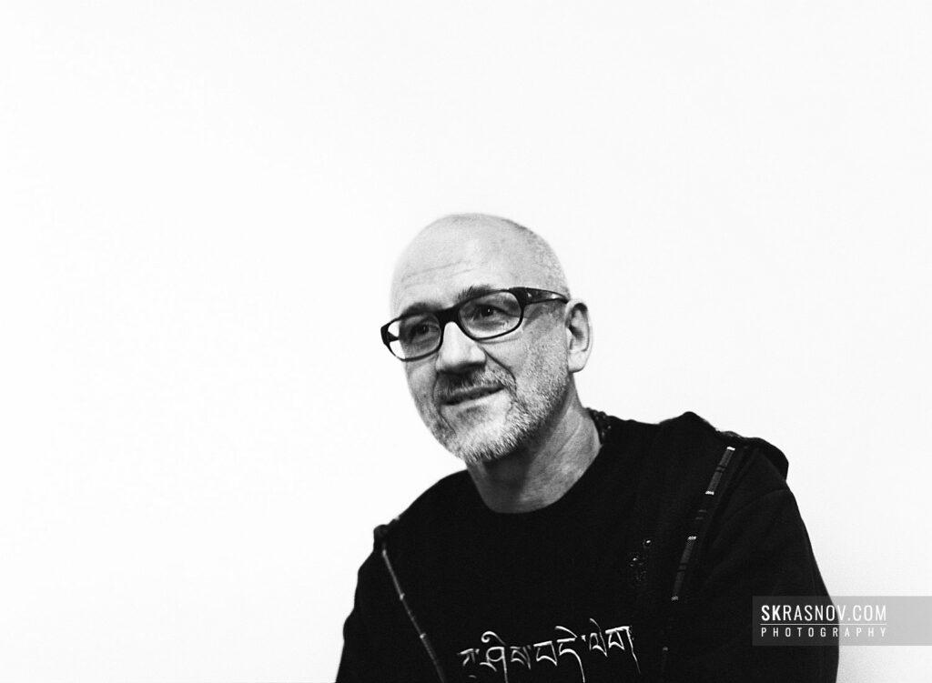 Oleg Kulik, artist. Олег Кулик, художник, перфомансист. © Sasha Krasnov - Portrait Photographer